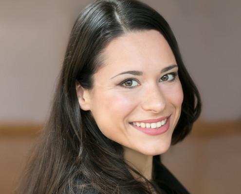 "<a href=""http://www.hamburg-startups.net/startupsreeperbahn-2014-pitch/startupsreeperbahn-2014-kuratorium/#ss"">Sanja Stankovic</a>"