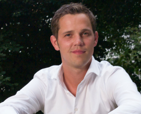 "<a href=""http://www.hamburg-startups.net/startupsreeperbahn-2014-pitch/startupsreeperbahn-2014-kuratorium/#jl"">Jörg Land</a>"
