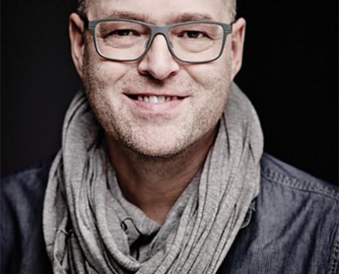 "<a href=""http://www.hamburg-startups.net/startupsreeperbahn-2014-pitch/startupsreeperbahn-2014-kuratorium/#hn"">Harald Neidhardt</a>"