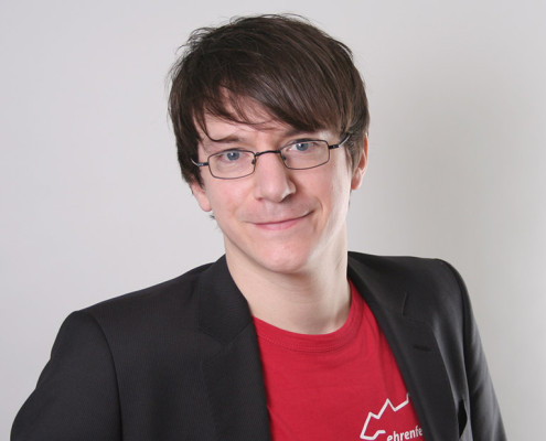 "<a href=""http://www.hamburg-startups.net/startupsreeperbahn-2014-pitch/startupsreeperbahn-2014-kuratorium/#jt"">Jens Tönnesmann</a>"