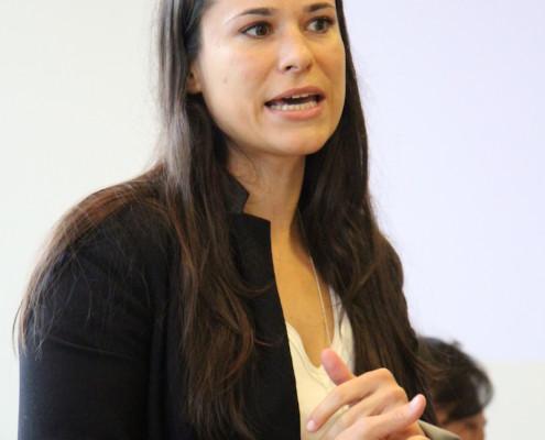 Sanja Stankovic von Hamburg Starutps begrüßt unsere Kuratoren
