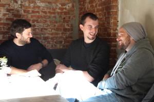 Gutes Projekt-Team: Die audioguideMe Gründer Christoph und Paul mit dem Appmotion-Gründer Lasse Lüders