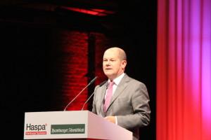 Erster Bürgermeister Olaf Scholz ehrte den Unternehmer Laurens Spethmann