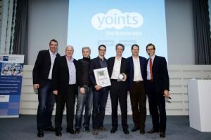 """Yoints - Die Gewinner der Kategorie """"Beste App"""" freuen sich über das Preisgeld in Höhe von 10.000 € Foto: Ulrich Perrey"""