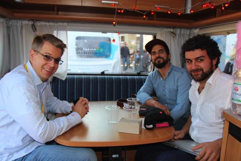 Im letzten Jahr traf das wechselwild-Team den Fernseh-Juror und Investor Frank Thelen in unseren Love-Mobilen