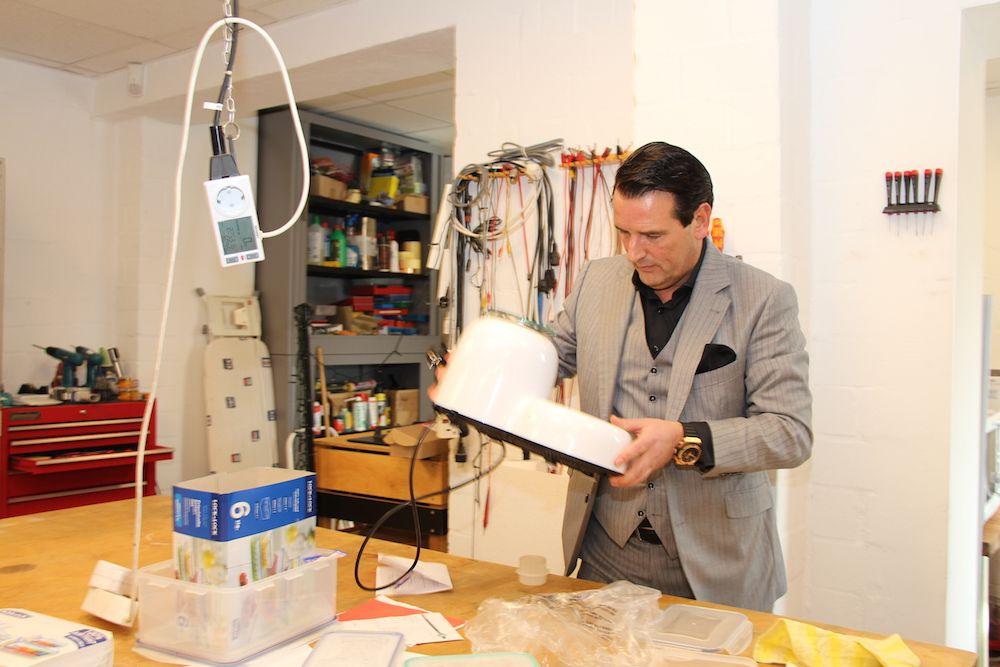 In der hauseigenen Abteilung für Qualitätskontrolle werden die Produkte auf Herz und Nieren getestet.