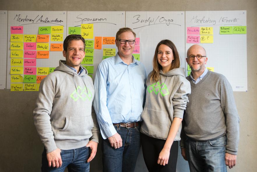 Dirk Herzbach, Nico Lumma, Sabela García Cuesta und Meinolf Ellers vom Next Media Accelerator