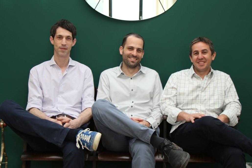 Moritz von Kummer von MINDSPACE Hamburg mit den Gründern Yotam Alroy und Dan Zakai