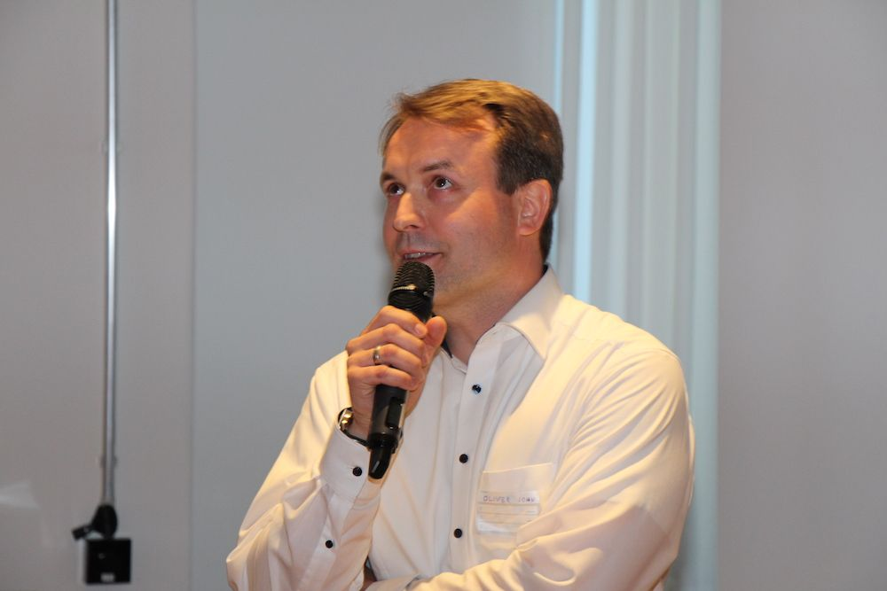 Oliver John von der Deutschen Bank