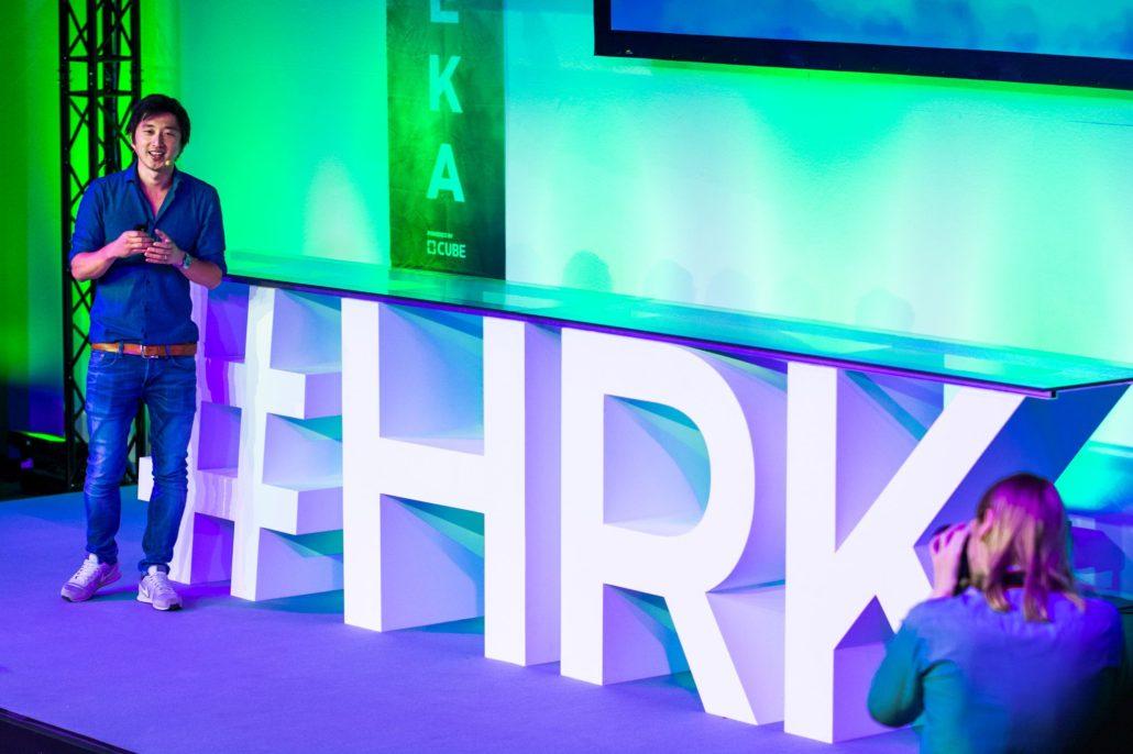 Mark Hoffmann, Managing Director der Vertical Media GmbH, eröffenet die HEUREKA (Foto: Chris Marxen / www.Headshots-Berlin.de)