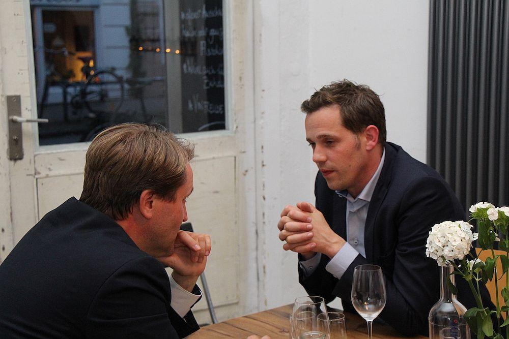 Zeit für intensive Gespräche gab esreichlich bei Hamburg Startups Dinner, hier mit Jens Nolden (Technology Return) und Jörg Land (Sonormed)