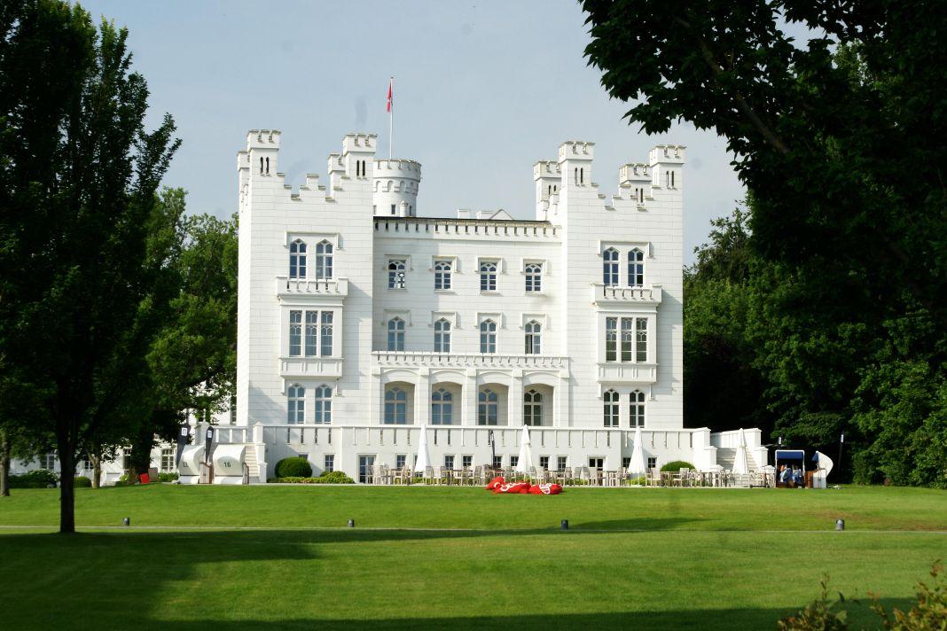 Die Burg Hohenzollern gehört zum Grand Hotel Heiligendamm.