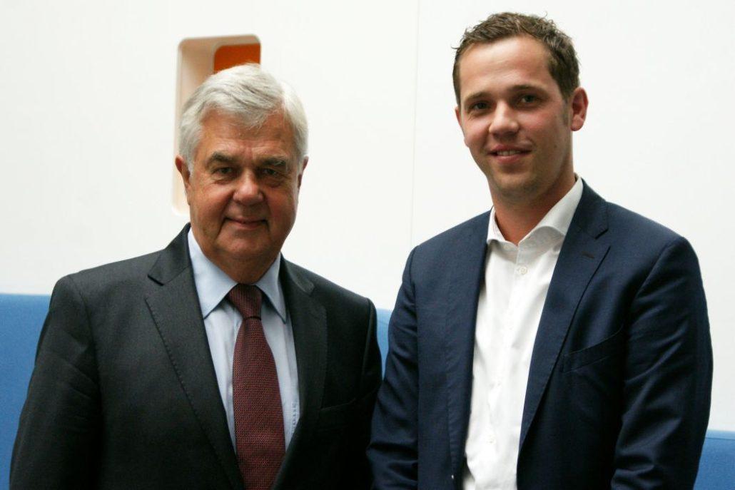 Frank Horch und Jörg Land: zufriedene Gesichter am Ende des Gesprächs