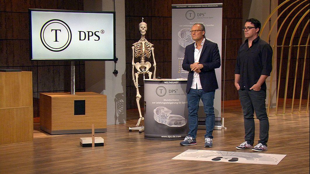 Dental Power Splint-Gründer Dr. Steffen Tschackert (l.) und Marc Schulze.