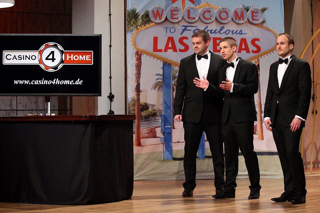 """Casino4Home"" (v.l.): Andy Sanders (32), Nikias Karner (33) und Jorin Karner (29).Foto: VOX / Stefan Gregorowius"