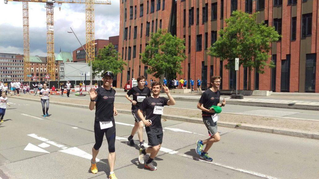 Sportlich unterwegs – shipcloud beim diesjährigen HSH Nordbank Run.
