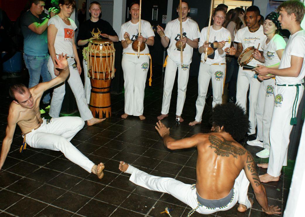 Am Abend gab es eine Capoeira-Show