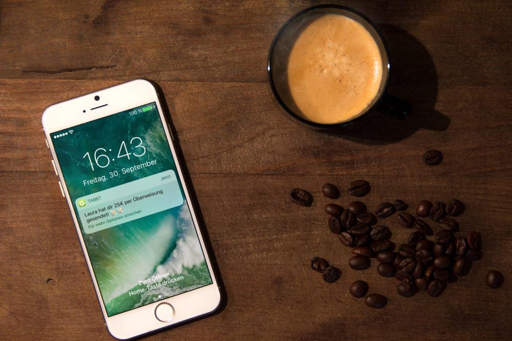 Die Tabbt-App gibt euch Bescheid, sobald auf eurem Konto etwas passiert. (Bild: Tabbt)
