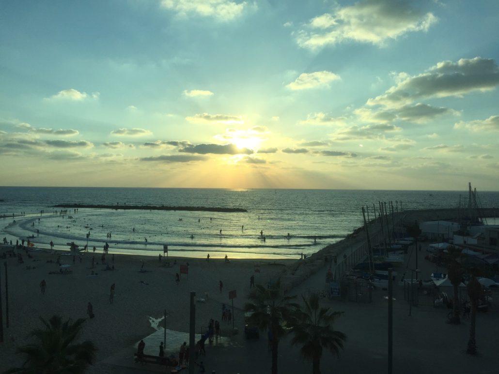 Die zahlreichen Strände von Tel Aviv prägen das Lebensgefühl der Startup-Metropole.