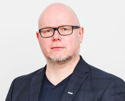 Dr. Christian Salzmann