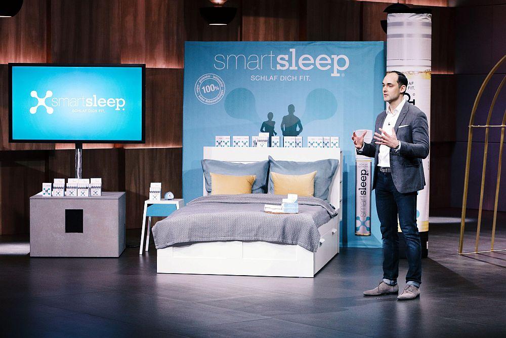 rekorddeal wie die l wen geld im schlaf verdienen wollen hamburg startups. Black Bedroom Furniture Sets. Home Design Ideas