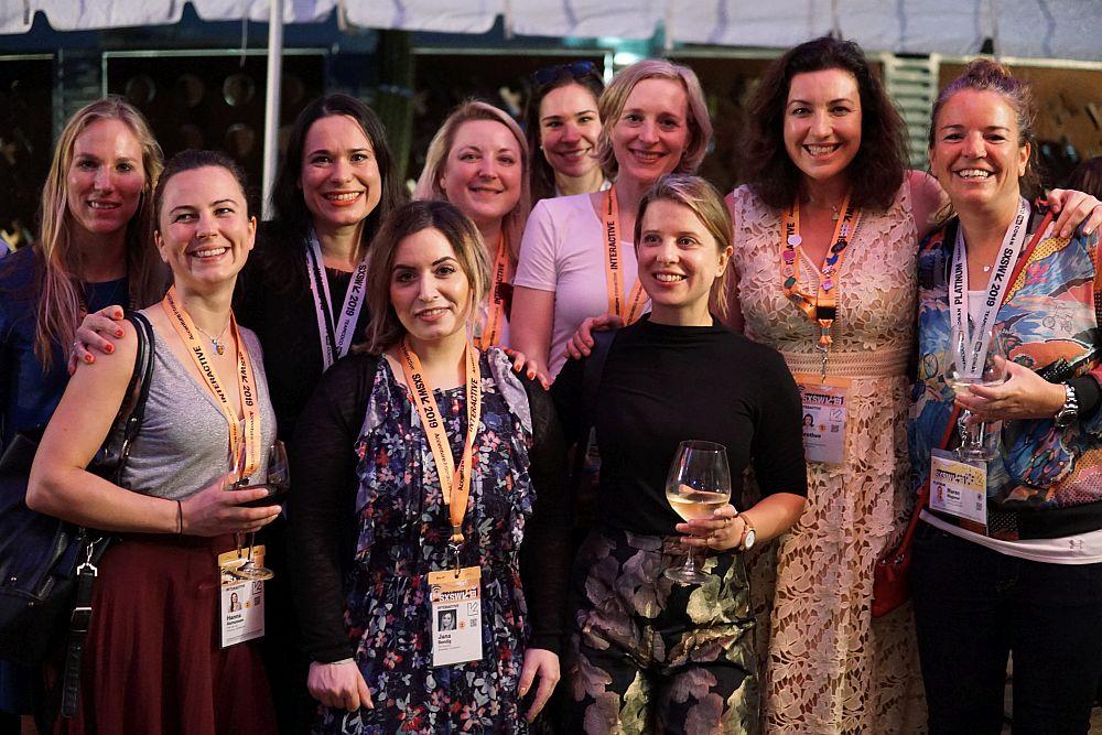 Frauenpower bei SXSW 2019. Mit dabei Sanja Stankovic (3.v.l.), einer der Gründerinnen von Hamburg Startups, und Dorothee Bär, Staatsministerin für Digitalisierung,