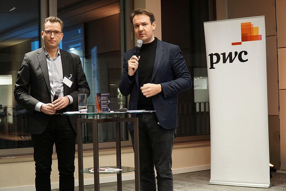 Niklas Wilke und Florian Nöll von PwC stellten die Hamburg-Daten aus dem Deutschen Startup Monitor vor.