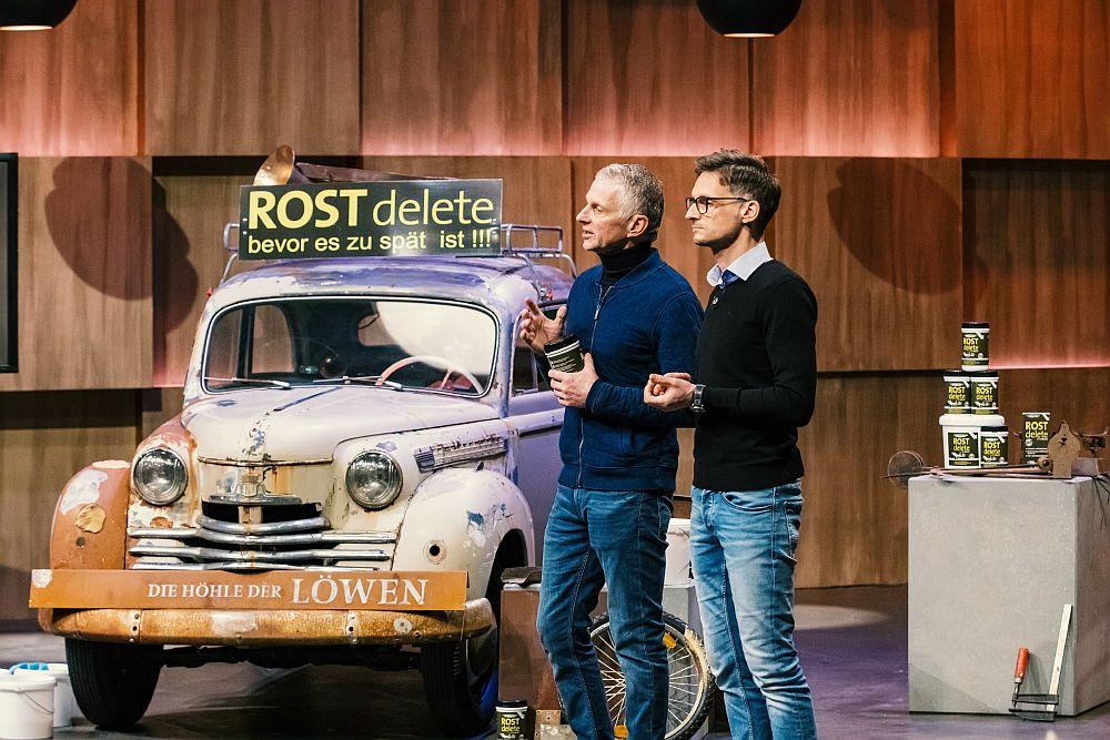 Robert und Frank Lehmkuhl  lassen mit ROSTdelete Rost verschwinden.