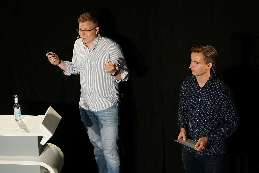 Victor Neumann und Otis Mohr von der Invest it! Academy
