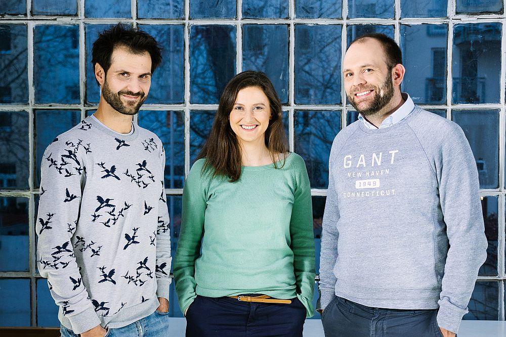 Das Gründerteam Dr. Tobias Lorenz, Dr. Nora Mehl und Henrik Emmert. (Foto: aidhere)