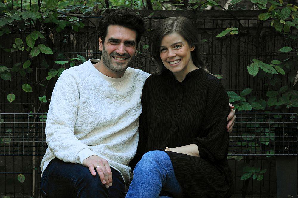 Peter und Lena König von pregfit sind privat und beruflich ein Paar.