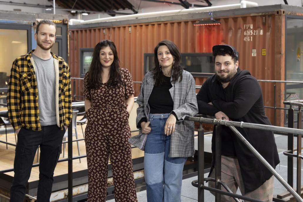 Vier von der Scriptbakery: Patrick Kaiser, Linda Erni und Géraldine und Jonas Al-Nemri (Foto © Jürgen Gocke)