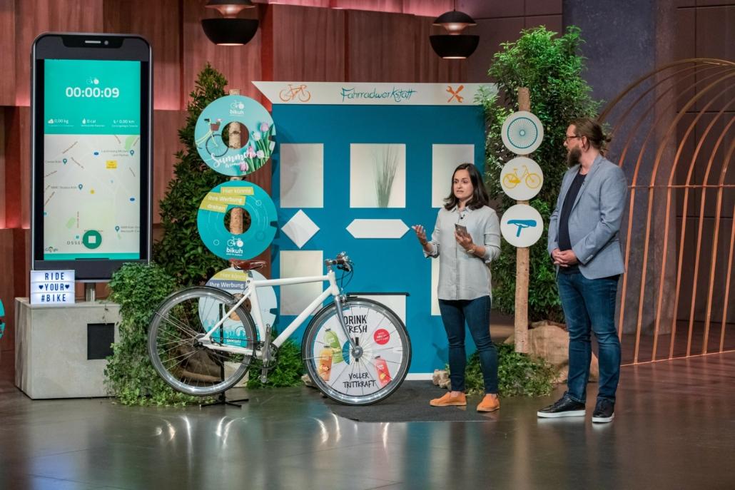 Angela Gonzalez und Patrick Klug haben mit bikuh das Werberad nicht neu erfunden. (Foto: TVNOW / Bernd-Michael Maurer)