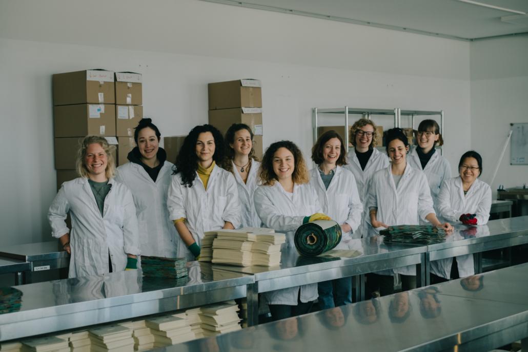Das Gaia-Team in der eigenen Werkstatt.