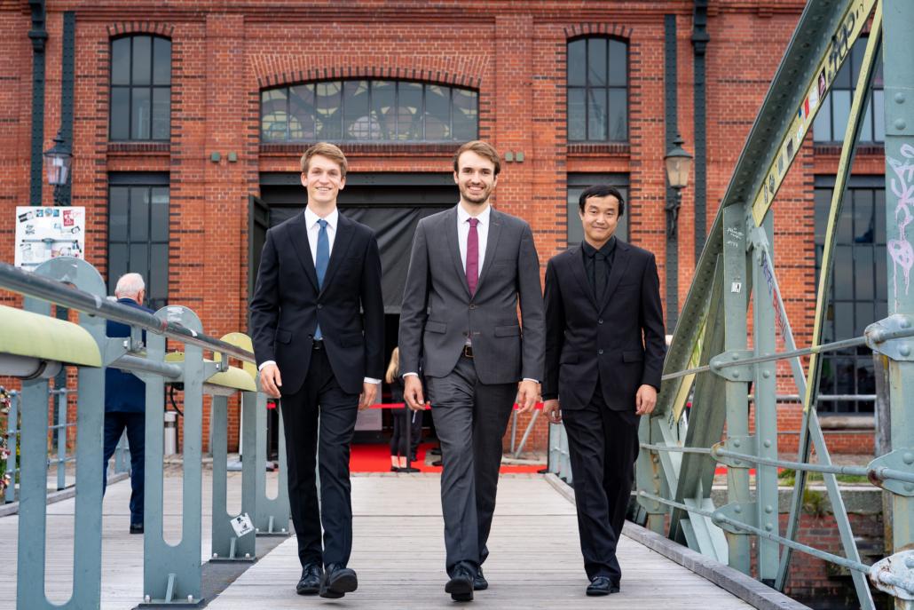 Oliver Lichtenstein, Mitja Wittelsheim und Jerry Tang von Beagle Systems sind auf dem richtigen Weg beim Hamburger Gründerpreis.